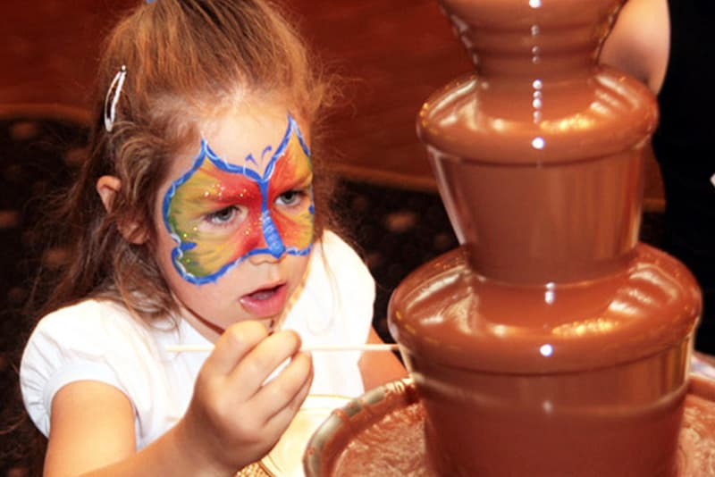 шоколадный фонтан 4